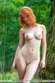 Mia_S_Red_Beauty_012.jpg